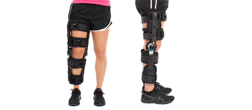 This adjustable range surgical ACL brace is designed to allow limited range of motion.